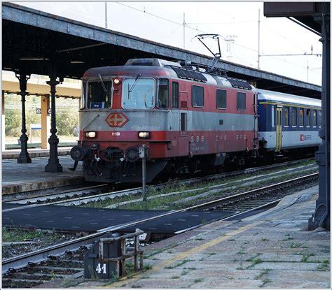 Die Swiss Express Re 44 Ii 11109 In Brig 7 Okt 2016