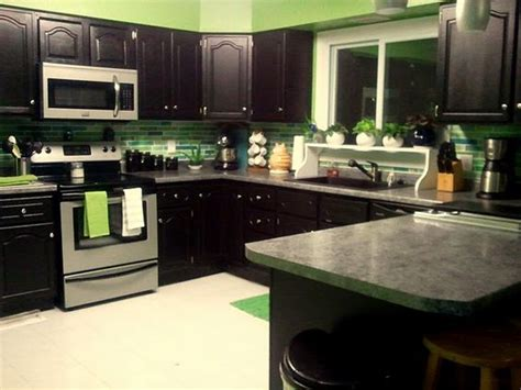 green blue kitchen green and blue kitchen painted backsplash home sweet 1349