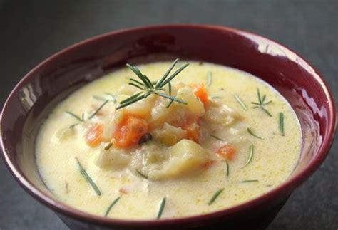 recette cuisine regime recette minceur soupe de pommes de terre au romarin