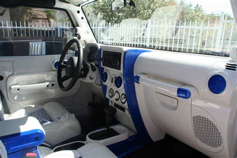 custom jeep interior mods anyone painted interior parts to match exterior of jeep