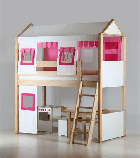 chambre fille lit mezzanine le lit mezzanine enfant pour les petites filles par de