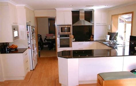 Open Small Kitchen Floor Makeover Ideas, How To Decorate A