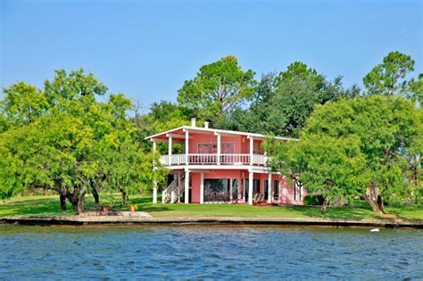 lake lbj s crown lake lbj real estate