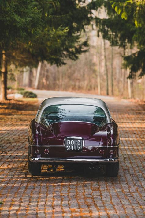 Ferrari's 375 chassis was similar to all the sports car chassis made during the period. Ferrari 375 America Coupe Vignale 1954 - SPRZEDANE   Giełda klasyków