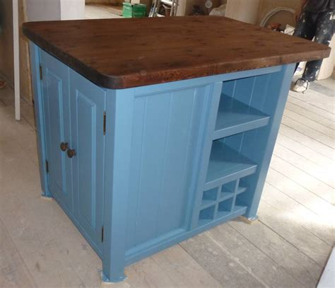 how to a small kitchen island kitchen island small
