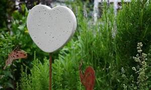 Basteln Für Den Garten : sommerdeko aus beton f r den garten basteln und dekorieren ~ Markanthonyermac.com Haus und Dekorationen