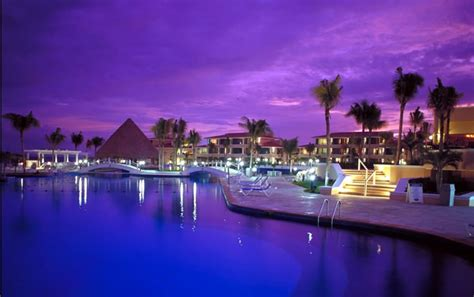 moon palace resort cancun poolside latitudes travel