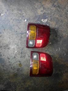 Meg Autoparts  Lampu Belakang Daihatsu Mira L2s
