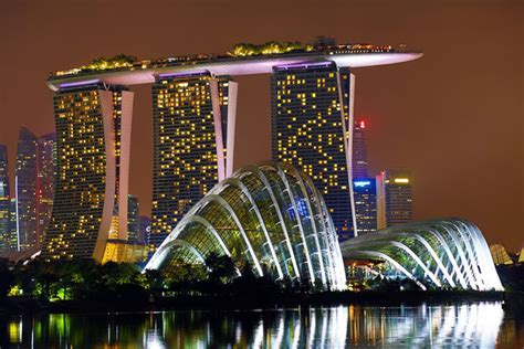 Hotel Near Garden By The Bay Singapore - gardens by the bay and marina bay sands hotel singapore