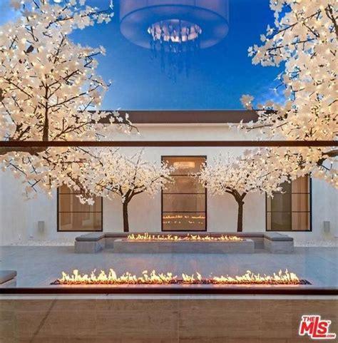 pin  modern courtyard