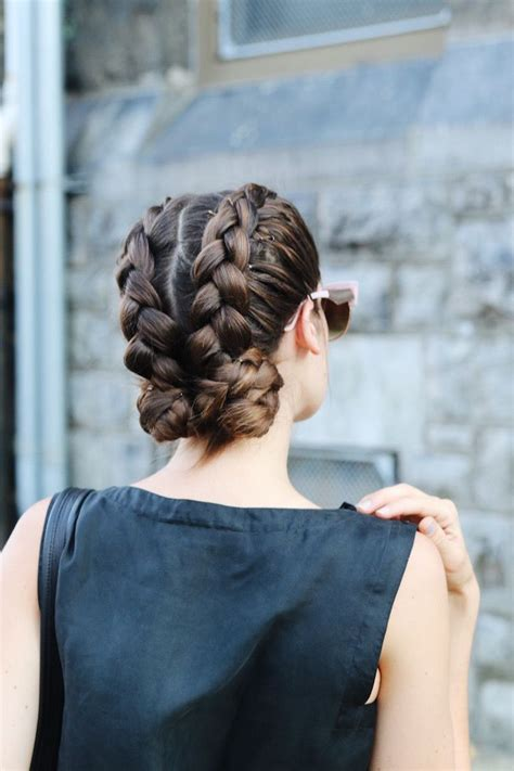 Ballet Hairstyles For by Best 25 Ballet Buns Ideas On Ballet