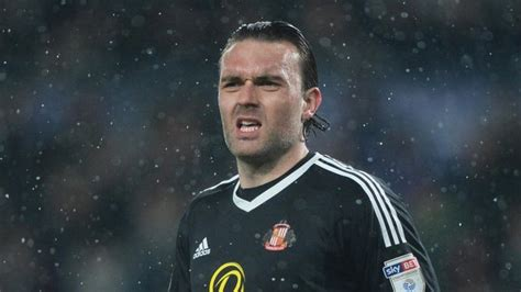 Ex-Sunderland stopper Lee Camp training with Championship ...
