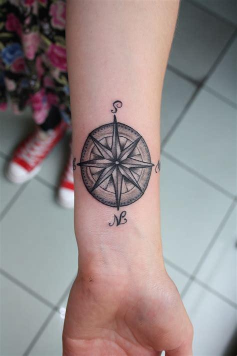 compass wrist tattoo designs ideas  meaning tattoos