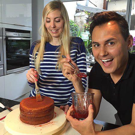 hervé cuisine chinois recette du sponge cake ou gâteau éponge pour cake design