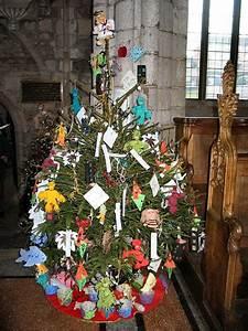 tree pictures crediton parish church