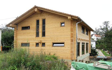 haus ohne dachüberstand modernes 2 stoeckiges haus ohne auskragung duffner blockbau