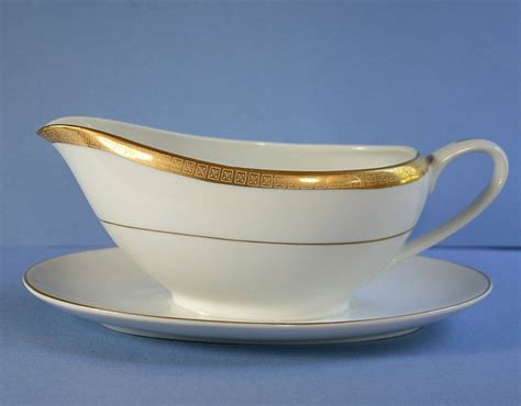 Gravy Boat Band by China Of Japan Regency Gold Band Gravy Boat With