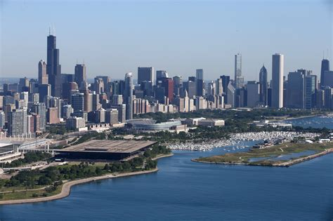 Of Chicago by Sizing Up Chicago For Chicago Tribune
