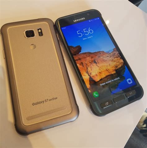 getting a look at the samsung galaxy s7 active at