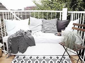 Lounge Möbel Kleiner Balkon : weltpremiere mein diy lounge sitzpodest dazu eine auswahl der sch nsten balkonst hle oh ~ Bigdaddyawards.com Haus und Dekorationen