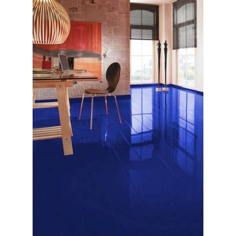 Blue laminate flooring ? for those who want to pretend