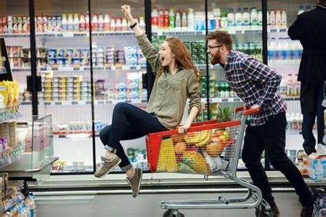 lebensmittel einkaufen vegane lebensmittel einkaufen so einfach gehts vebu