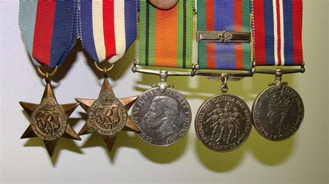 awards and decorations canada canadian war medal