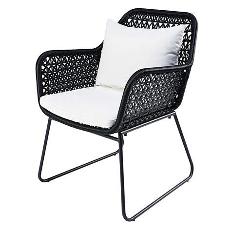 fauteuil jardin resine tressee fauteuil de jardin en r 233 sine tress 233 e et coussins blancs cuzco maisons du monde