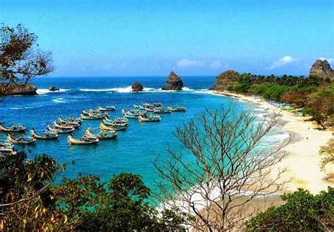 paket wisata bromo pantai tanjung papuma hari