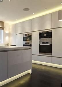 Led Spots Küche : best 25 k che grifflos ideas on pinterest arbeitsplatte k che granit granit arbeitsplatte ~ Frokenaadalensverden.com Haus und Dekorationen