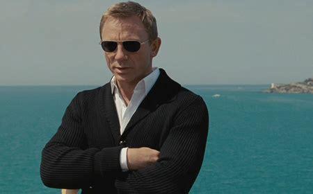 Casino Royale Boat Henley by Bond Skyfall Tom Ford Esq Cardigan Page 3
