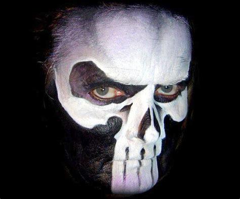 halloween face paint  men idea scary skull black white
