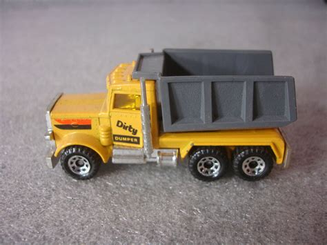 1981 Peterbilt Old Vtg Diecast Matchbox Toy Dump Truck 1