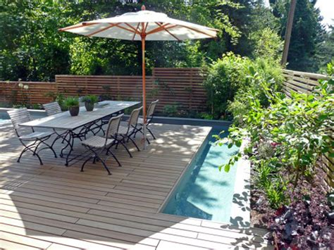 Sweet Deck For Outdoor Dining Ideas Near Swimming Pool