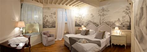 Luxury Rooms Bed And Breakfast In Cortona Tuscany Italy