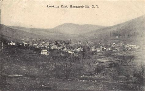 town  middletown  large  postcard collection