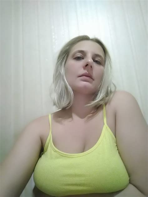 Busty Russian Private Nudes Porn Pictures