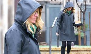 Julia Roberts Goes To Lunch With Her 12 Year Old Twins