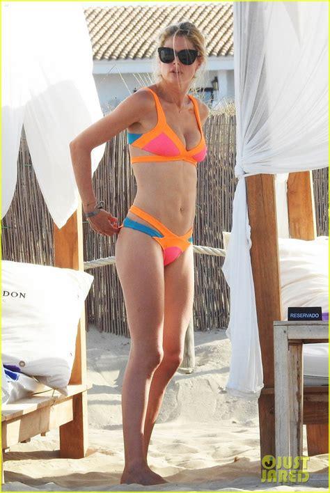 model doutzen kroes models  amazing bikini body