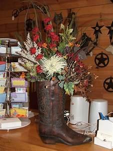 1000 Ideas About Cowboy Boot Centerpieces On Pinterest