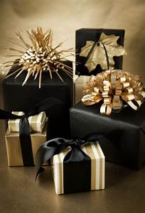 Glittering, Black, And, Gold, Christmas, Decoration, Ideas, U2013, The, Wow, Style
