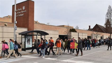 Teens Across Virginia Organize School Walkouts | VPM