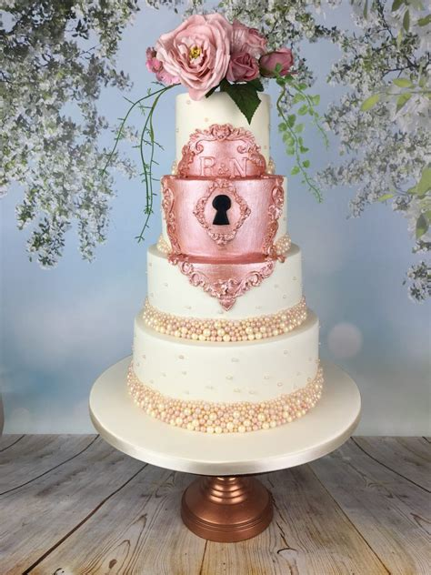 fairytale rose gold lock wedding cake mels amazing cakes