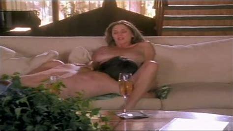 Julia Parton Nue Dans The Best Sex Ever