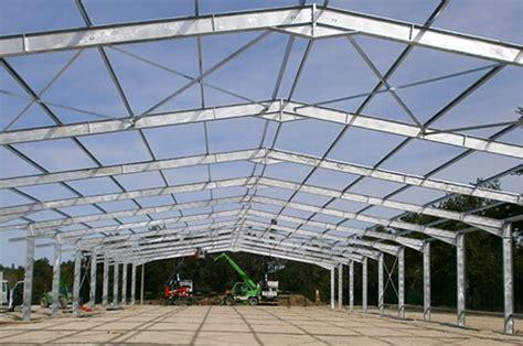 toiture de hangar comparaison charpente fermette en bois charpente