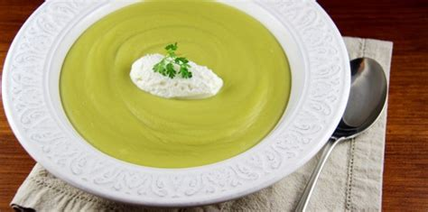 cuisiner des pois cass駸 soupe archives mangez moi fr