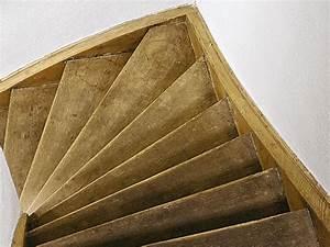 Holz Treppenstufen Erneuern : treppe renovieren so geht 39 s ratgeber bauhaus ~ Markanthonyermac.com Haus und Dekorationen