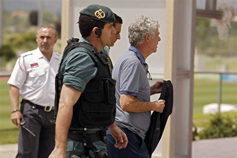 Detienen En España A Ángel María Villar