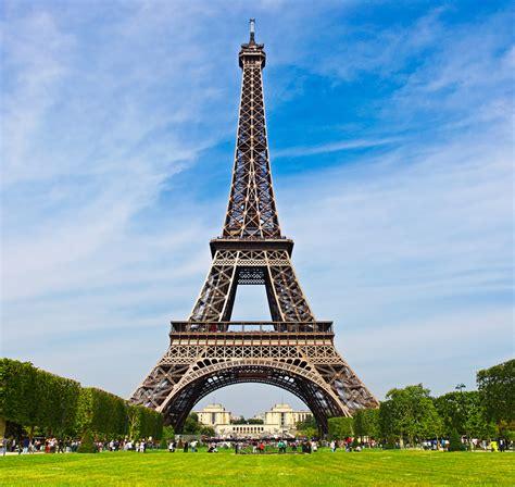 eiffel tower top 10 landmarks you need to see before you die lost waldo