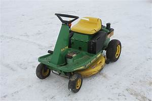 John Deere Gx75 Lawn Mower With 28 U0026quot  Deck